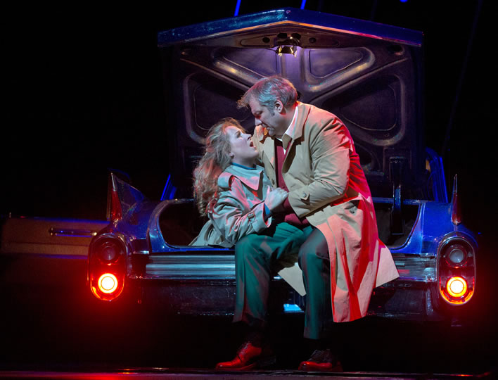 Rigoletto: Gilda gets the boot.