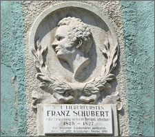 Commemorative but incorrect plaque on the 'Schuberthaus' in Steyr, the former residence of Silvester Paumgartner.