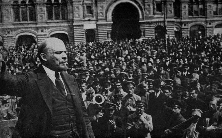 Lenin rousing the Russian masses.