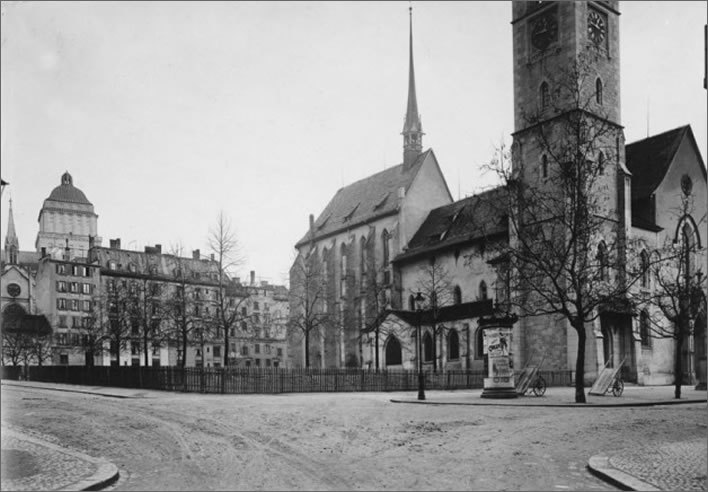 Amtshausplatz in 1914, before the start of the construction of the Zentralbibliothek