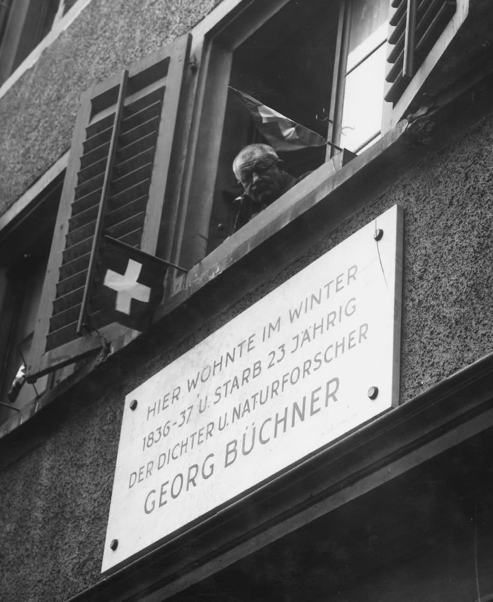 Georg Büchners memorial plaque on Spiegelgasse 12 in 1940