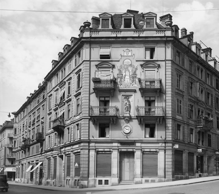 The Café and Restaurant Zähringer in 1946.