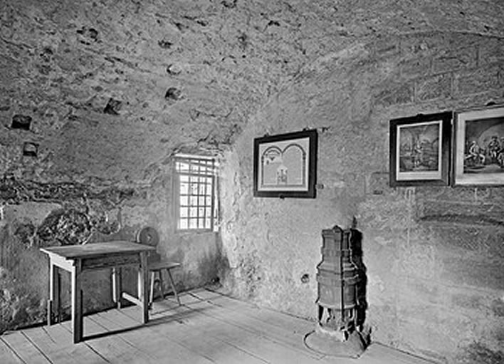 A photograph of Schubart's fake cell on Hohenasperg, 1936.