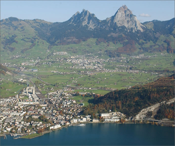 The city of Schwyz, the Mythen and the twon of Brunnen in 1999