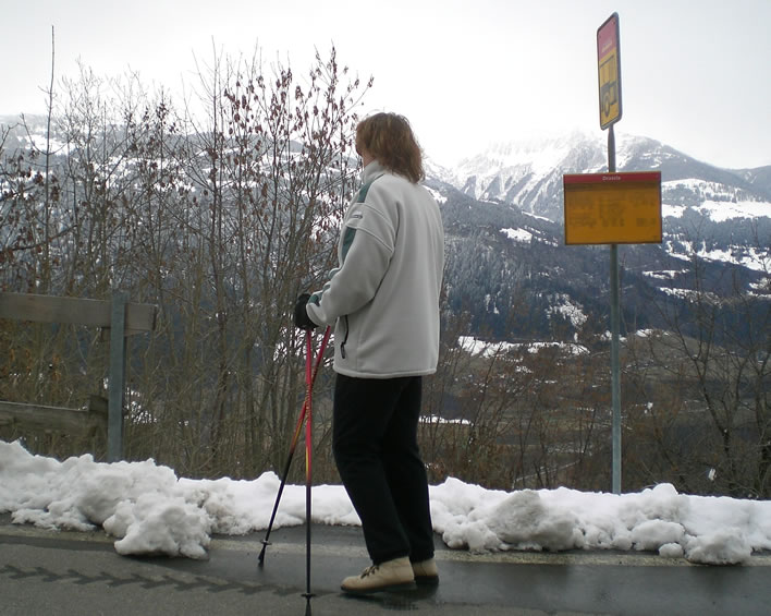 Keeping life in mountain villages going: waiting for the PostAuto