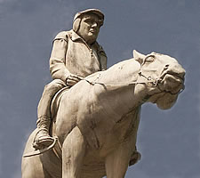 Martin Walser on horseback on the Walser-Brunnen in Überlingen by the sculptor Peter Lenk.